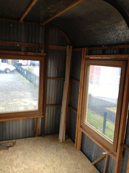 Kids-Salon Innenausbau und neue Fenster