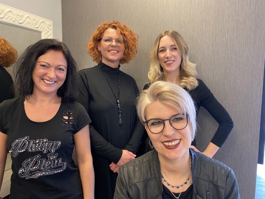 Martina Kloke und Team im Salon